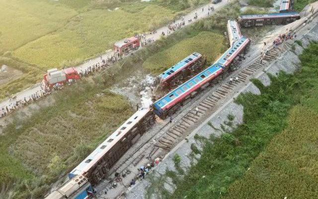 Đình chỉ hàng loạt cán bộ đường sắt sau 5 vụ tai nạn liên tiếp