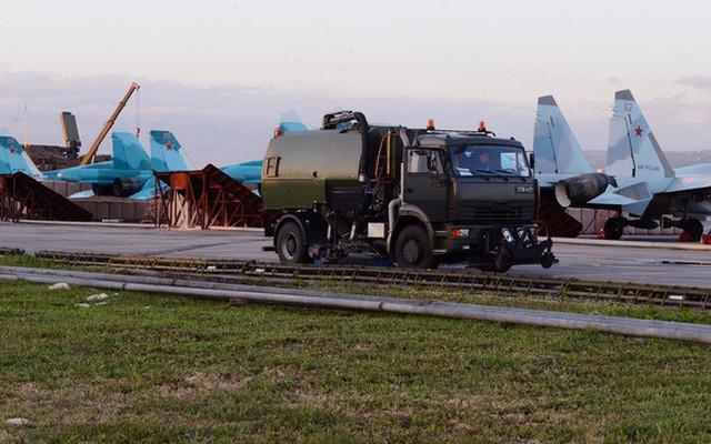 """Tiêm kích đánh chặn """"gia bảo"""" KQ Nga tăng đột biến ở Syria: Răn đe hay nghênh chiến Mỹ?"""