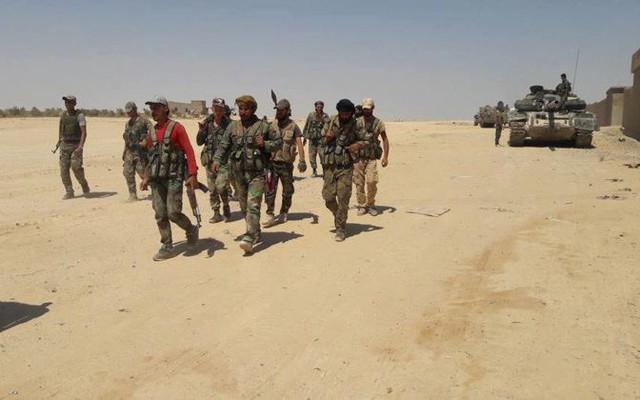 Hàng chục tên IS trốn thoát khỏi Baghouz, tấn công lớn vào quân đội Syria gần Palmyra