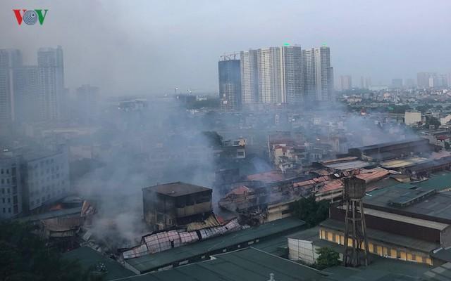 Chủ tịch Hà Nội lệnh tẩy độc, di dời Công ty cổ phần bóng đèn phích nước Rạng Đông
