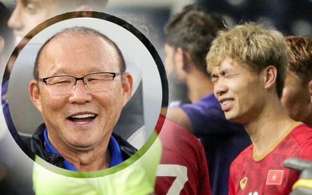 HLV Park Hang-seo 'troll' Công Phượng, tiết lộ cái tên sợ đá 11m nhất ở chung kết King's Cup 2019