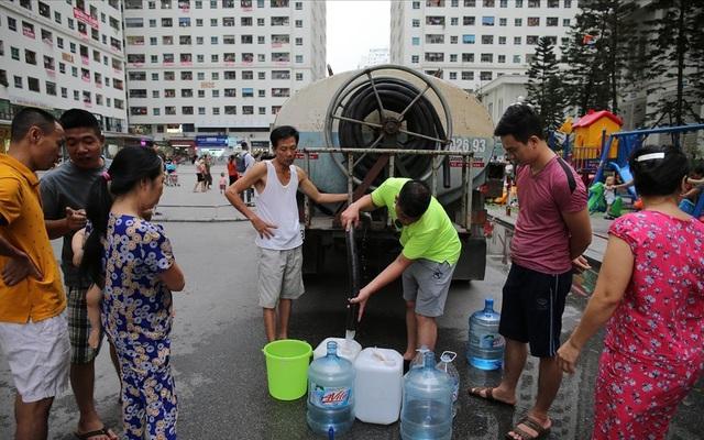 Sự cố nước sông Đà: Viwaco nói gì về yêu cầu bồi thường gần nửa tỉ của dân?