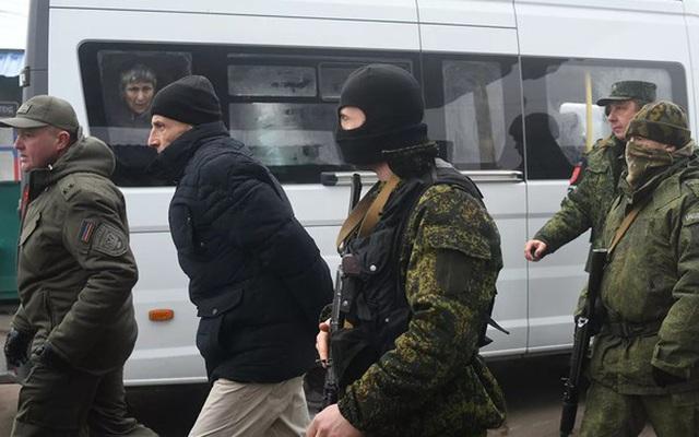 Donbass và Kiev hoàn thành việc trao đổi tù nhân