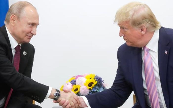 """""""Cơn ác mộng"""" của Nga và kịch bản khó ngờ trong bầu cử Mỹ"""