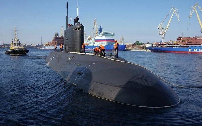 Ấn tượng với khí tài trên tàu ngầm 'hố đen' B-603 Volkhov