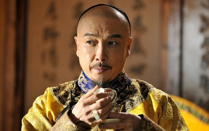 Khang Hi vi hành về lập tức yêu cầu cả hoàng cung thay đổi một thứ, bữa ăn của vua cũng đầy sự khác biệt