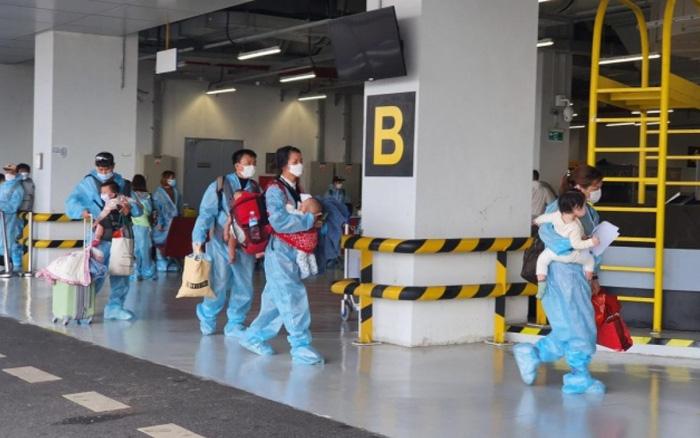 Hàng trăm chuyến bay trả phí cách ly trọn gói sắp về Việt Nam được thực hiện thế nào?