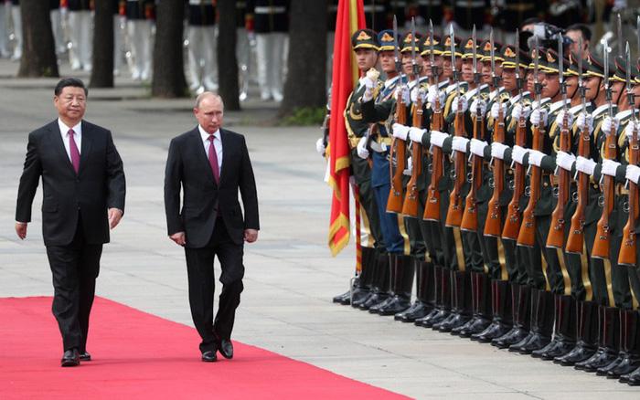 Nga-Trung sẽ thiết lập liên minh quân sự?