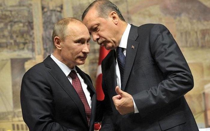 """Quyết """"so găng"""", Thổ khiến Nga bỏ tham vọng ở cả Syria?"""