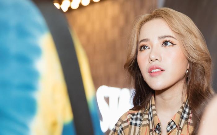 Phùng Khánh Linh lên tiếng khi bài hát mới bị so sánh với nhạc của Chi Pu - vietllot 655