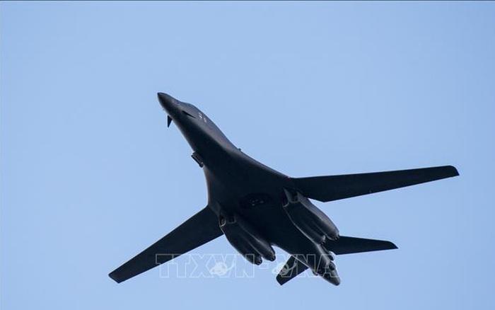 Tổng thống Mỹ kích hoạt đạo luật thời chiến để chế tạo máy bay siêu thanh