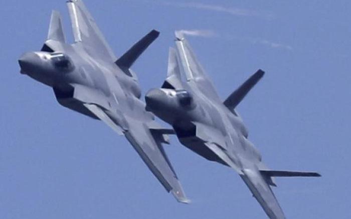 """Chiến đấu cơ mạnh nhất Trung Quốc sản xuất hàng loạt nhờ """"bàn tay Nga"""""""