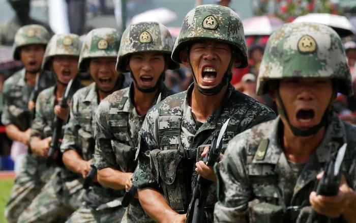 Điểm yếu khiến QĐ Trung Quốc chạy dài không bằng Mỹ: Vung tiền hiện đại hóa mấy cũng bó tay