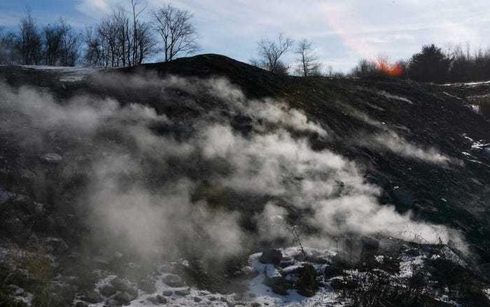 Thị trấn ma quái âm ỉ cháy suốt hơn nửa thế kỷ