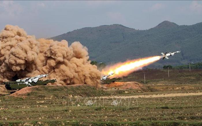 Bộ đội Tên lửa tiến thẳng lên hiện đại