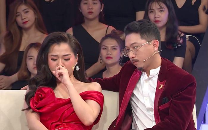 Hứa Minh Đạt xin lỗi Lâm Vỹ Dạ sau 10 năm chung sống