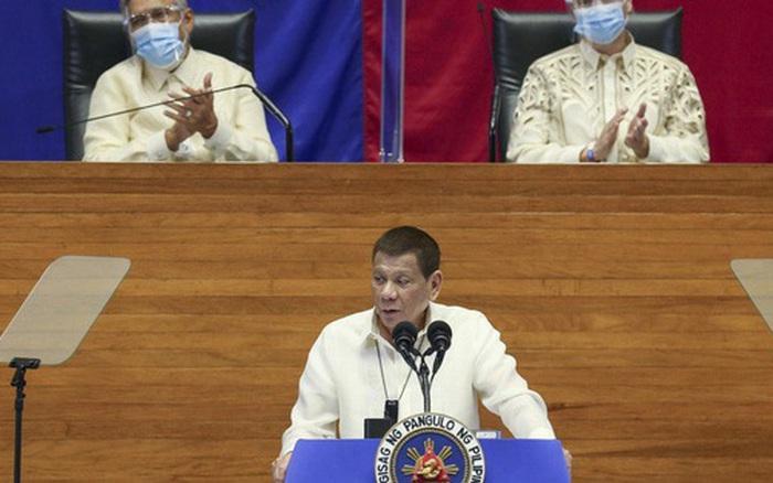 Tổng thống Duterte hỏi mua vắc-xin Covid-19 của Trung Quốc