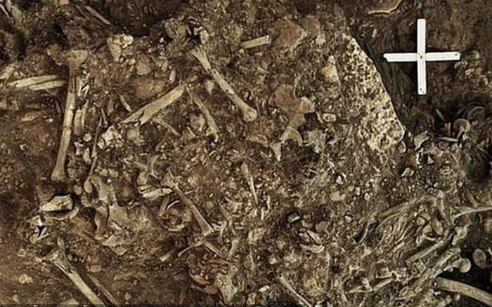Mộ cổ cô gái 5.000 tuổi chết cùng sinh vật gây ám ảnh hàng ngàn năm