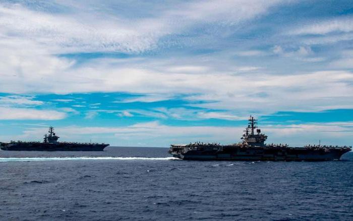 """Mỹ dùng biện pháp """"phi thường"""" bảo vệ thủy thủ tàu sân bay ở Biển Đông"""
