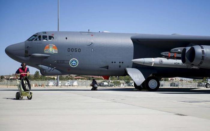 Không quân Mỹ thử nghiệm thành công vũ khí siêu vượt âm với oanh tạc cơ B-52 - xổ số ngày 13102019