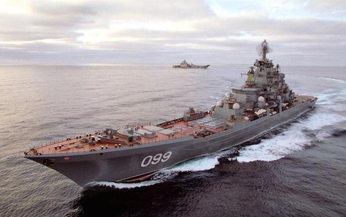 """Infographic: Tuần dương hạm Pyotr Velinky """"kỳ quan"""