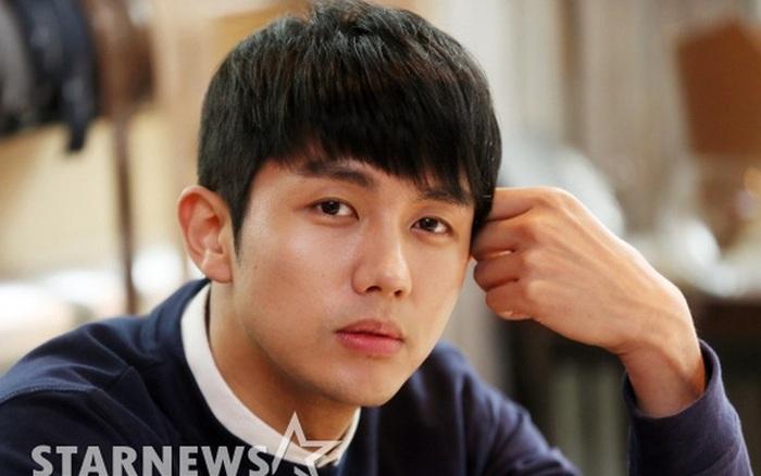 NÓNG: Nam idol nhóm 2AM bị cảnh sát điều tra vì gây tai nạn chết người