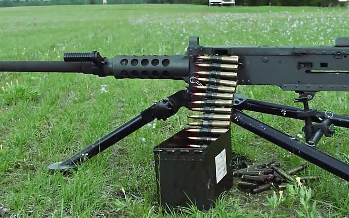 """M2 Browning: Súng máy """"bất tử"""" của quân đội Mỹ"""