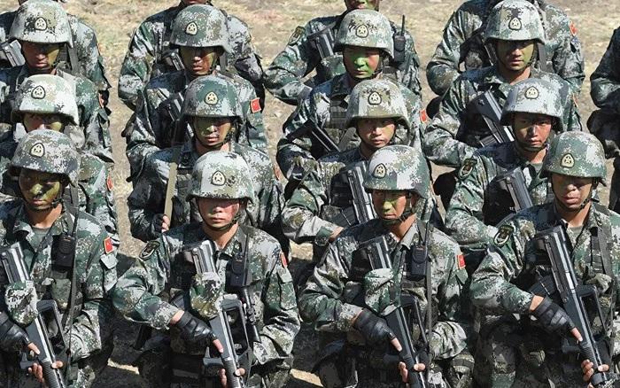 Ấn Độ: 50 tiểu đoàn với hơn 50.000 lính Trung Quốc vẫn