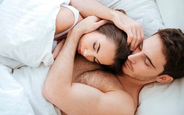 Yêu chồng nhưng không muốn quan hệ với chồng: Chuyên gia mách giải pháp chấm dứt lời nguyền 'khô hạn'