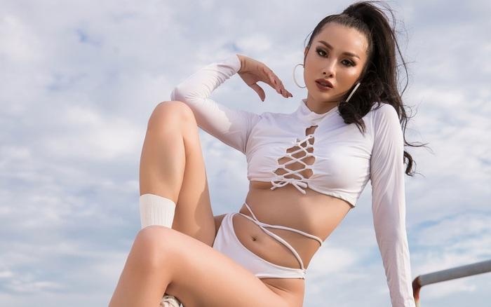 Chăm chỉ luyện tập, Yaya Trương Nhi sở hữu đường cong nóng bỏng nhất nhì showbiz