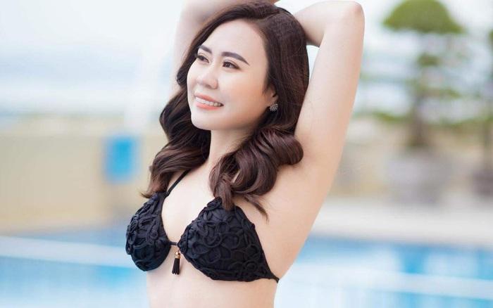 Diễn viên Phan Kim Oanh khoe vóc dáng gợi cảm với bikini