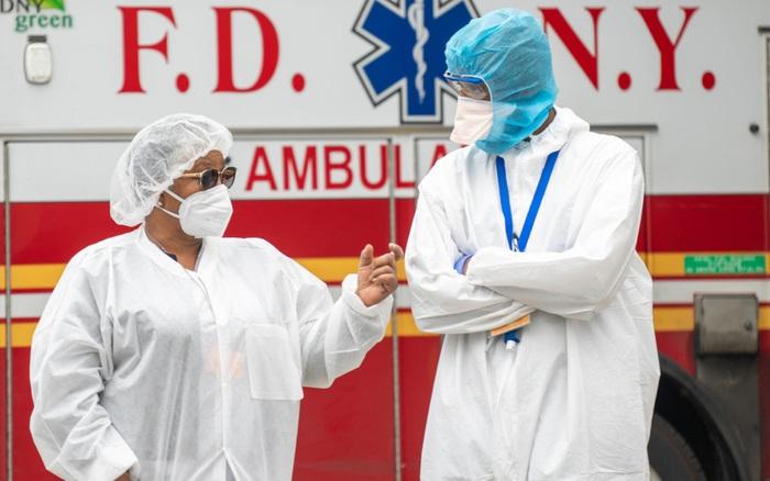 'Siêu biến thể' COVID tại Anh đang hoành hành ở Mỹ: Giám đốc CDC Mỹ cảnh báo thời điểm 'thống trị'