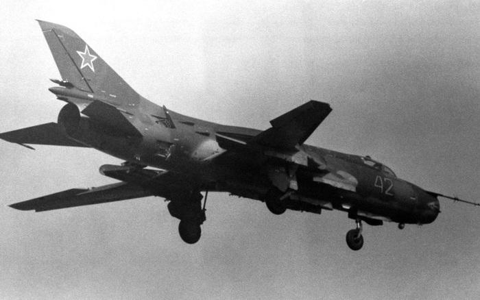 Tiết lộ kinh hoàng: Liên Xô từng huy động 100 máy bay sẵn sàng tấn công hạt nhân NATO!