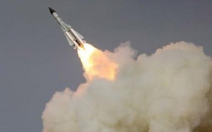 Căn cứ Mỹ bị nã tên lửa, kẻ không biết sợ sẽ phải trả giá?