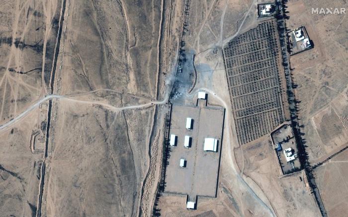 Ảnh vệ tinh hé lộ thiệt hại vụ Mỹ ném 7 quả bom xuống Syria