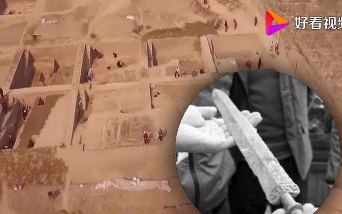 Đám trẻ phát hiện con dao rỉ sét, đem bán cho cửa hàng phế liệu - Khi đội khảo cổ tìm đến, họ đã đào tung cả ngọn đồi