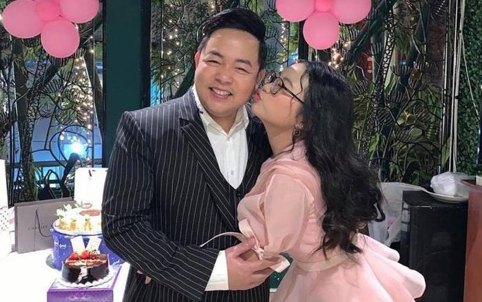 Phương Mỹ Chi hé lộ về quan hệ với bố nuôi Quang Lê hiện tại