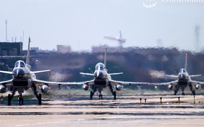 Trung Quốc tập trận xuyên suốt tháng Ba trên Biển Đông