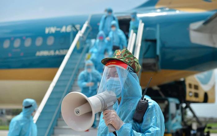 Không tuân thủ cách ly, nam tiếp viên Vietnam Airlines bị truy tố vì làm lây lan dịch Covid-19