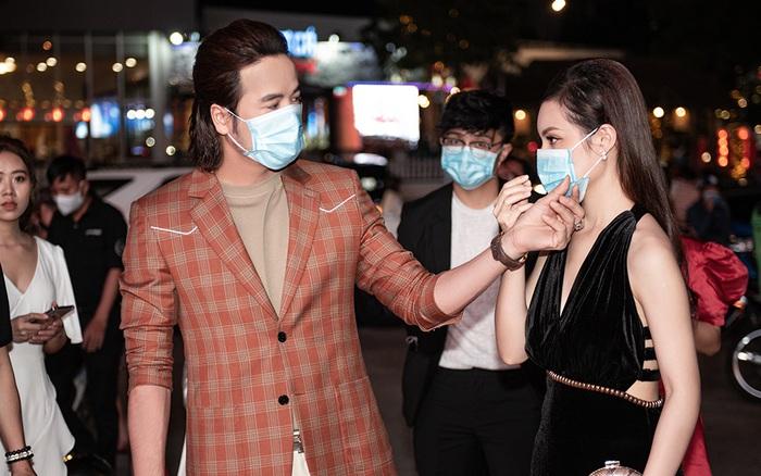 Đoàn Minh Tài thân thiết với ca sĩ kém 16 tuổi Sunny Đan Ngọc - giá vàng 9999 hôm nay 311