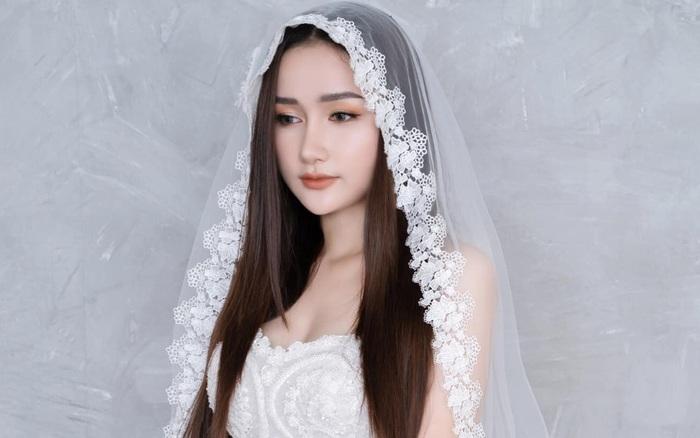 Vợ Khánh Đơn xin lỗi Lương Bích Hữu, khẳng định không dùng đàn chị để gây sự chú ý