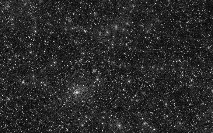 Bức ảnh vũ trụ 'đáng sợ' nhất từ trước đến nay: 25.000 chấm trắng, mỗi chấm trắng là lỗ đen siêu lớn