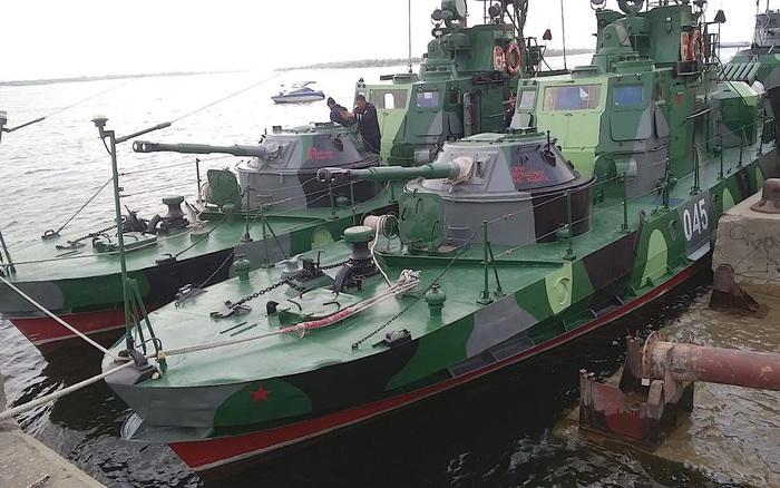 Nga điều thêm tàu chiến đến Biển Đen giữa lúc căng thẳng với Ukraine