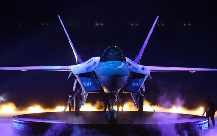 Chiến đấu cơ nội địa KF-21 của Hàn Quốc hứa hẹn khuấy đảo thị trường vũ khí