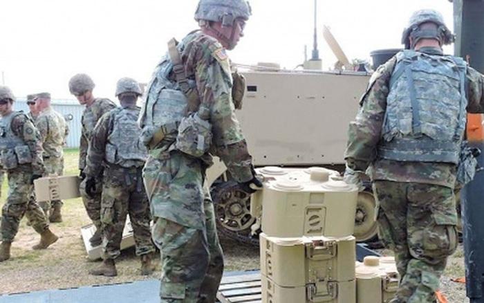 Quân đội Mỹ phát triển mìn tấn công đột nóc xe tăng điều khiển từ xa