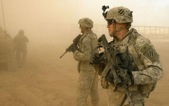 Ai đứng sau quyết định rút lực lượng Mỹ khỏi Afghanistan?