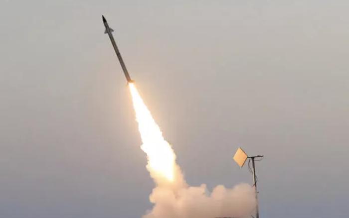 Binh sĩ, khí tài ồ ạt được triển khai: Syria hỗn loạn vì khủng bố?