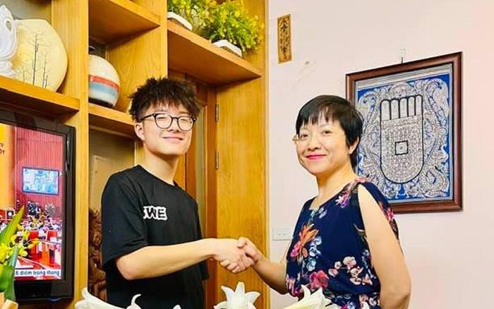 Con trai Tít của MC Thảo Vân mới 16 tuổi mà đã đi kiếm tiền bằng công việc này, chị vợ của Công Lý vào bình luận một câu nghe mà nở mũi