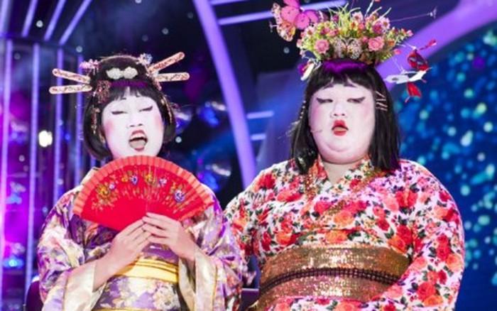 Thành Lộc 'phát sốt' với thân hình phì nộn của Vương Khang