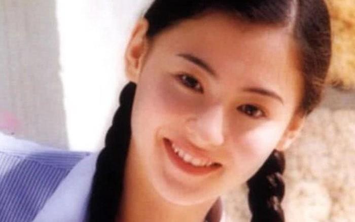 Hình ảnh Dương Mịch, Lưu Diệc Phi và dàn mỹ nhân Cbiz khi ở tuổi 17 đẹp tới nao lòng